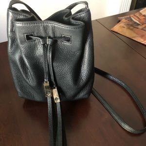 kate spade Bags - Kate Spade Black Crossbody
